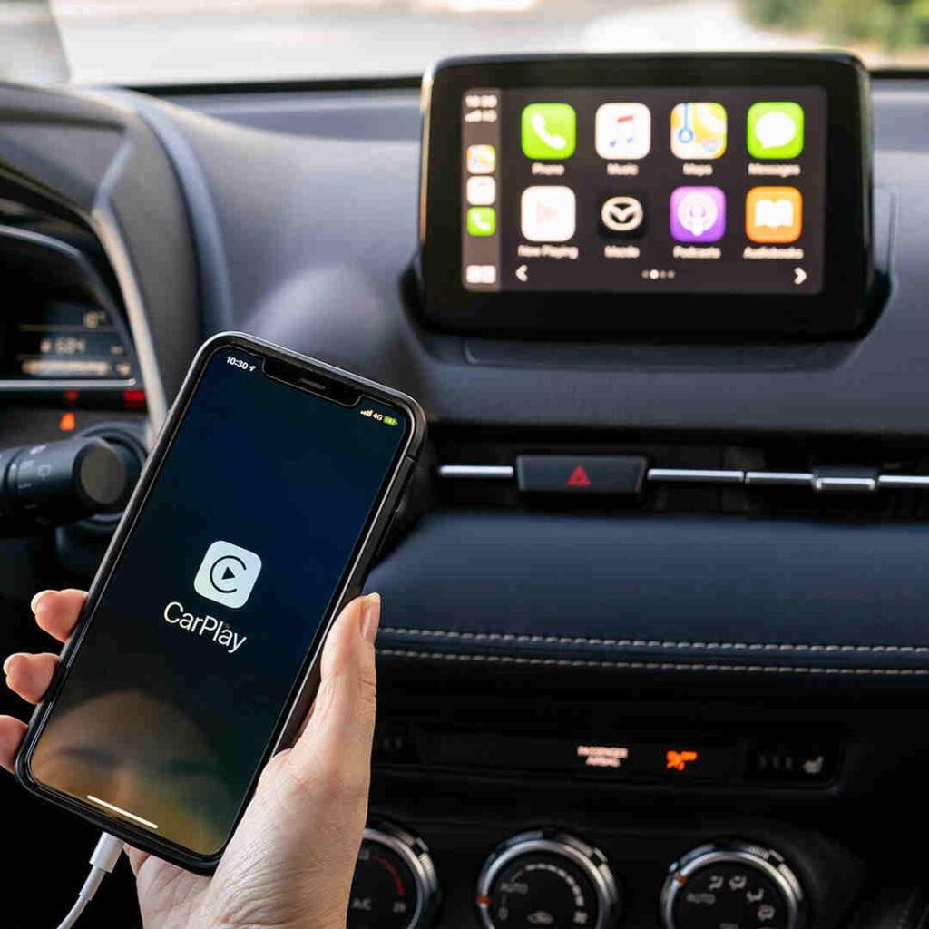 Mazda_Konnektivität_Apple_CarPlay_Android_Auto_Elektroauto_Hybridauto_E_Auto_E-Fahrzeug_Hybrid-Fahrzeug